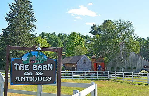 The Barn On 26 Antiques